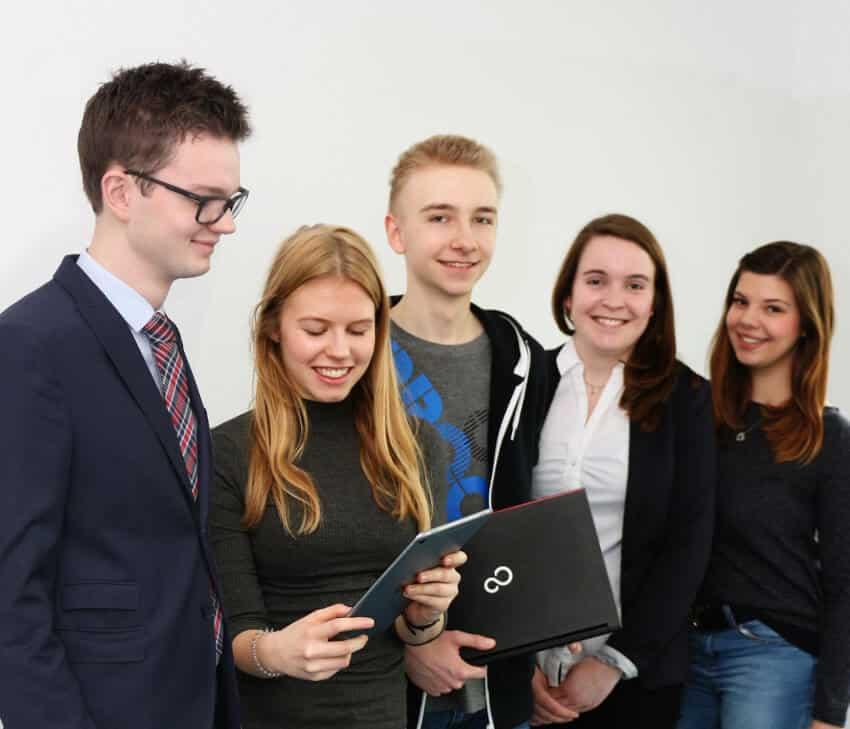Wen wir suchen - IT-Ausbildung in Paderborn - S&N Invent